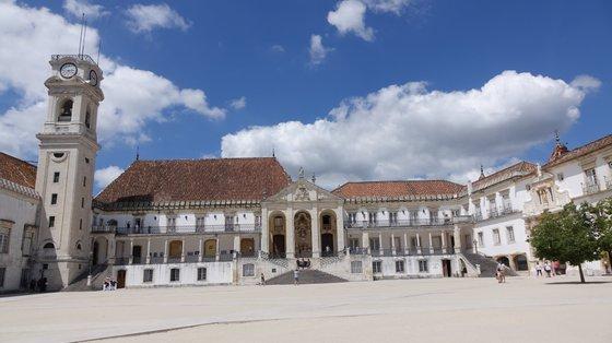 """A escolha da Universidade de Coimbra para o Encontro mostra o """"o inequívoco reconhecimento como a Universidade de língua portuguesa por excelência"""""""