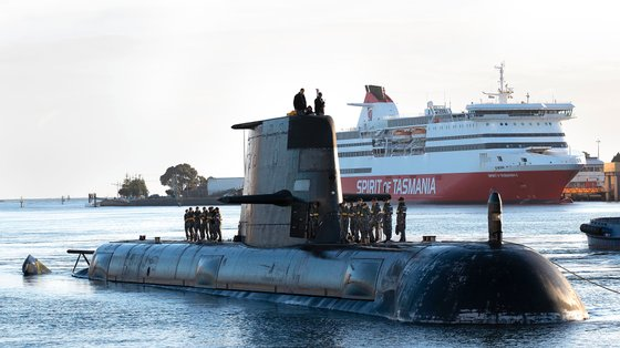 Os novos submarinos construídos ao abrigo da AUKUS vão substituir a frota de submarinos Collins Class atualmente utilizados pela Marinha Real Australiana