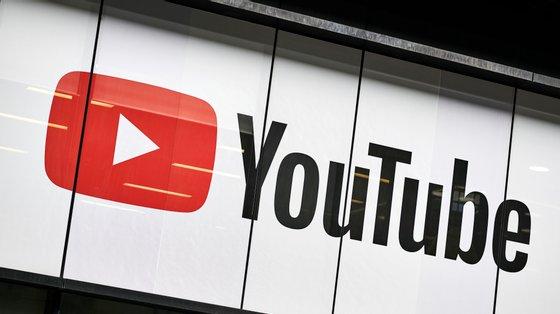 A plataforma de vídeo do YouTube é propriedade da Alphabet, a empresa-mãe do Google