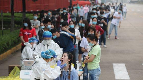 Tal como aconteceu em maio de 2020, Wuhan vai realizar testes em massa