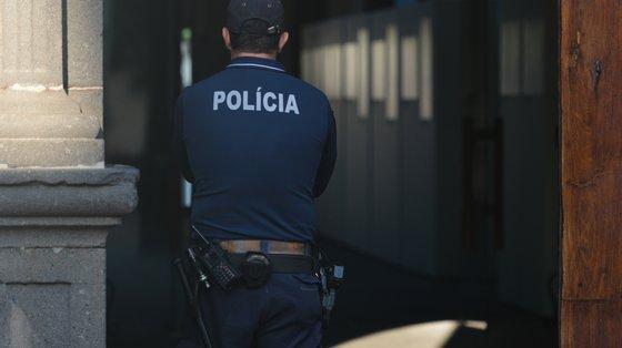 Na ação de fiscalização estiveram quatro elementos do Comando-local da Polícia Marítima de Lisboa, apoiados por uma embarcação