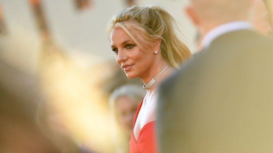 Britney fala em tribunal a pedir o fim da tutela