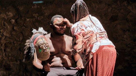 "Estreia nacional de ""História(s) do Teatro II"", do coreógrafo Faustin Linyekula, acontece a 13 e 14 de novembro na Culturgest"