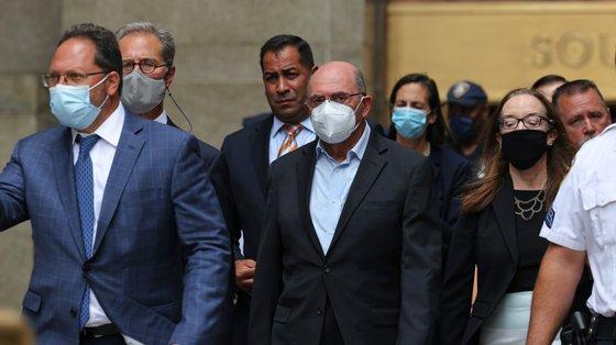 Weisselberg e representantes da TO compareceram num tribunal de Manhattan um dia após terem sido indiciados no âmbito de uma investigação aos negócios de Trump