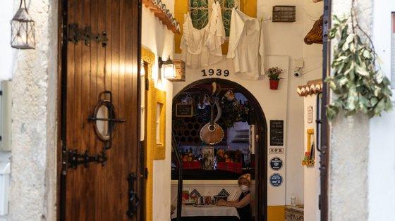 O restaurante e casa de fados Parreirinha de Alfama foi um dos que recebeu a atribuição