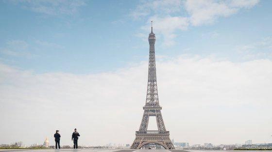 O festival Visa pour l'Image recebe anualmente 200 mil visitantes