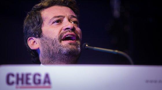 André Ventura disse, no seu discurso, esperar que o Chega sejaa terceira força política nas eleições autárquicas do próximo domingo