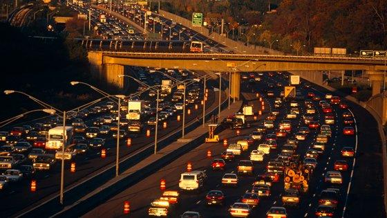 Se um terço dos quilómetros forem substituídos por transporte público, o cartão de crédito ambiental será acionado 13 dias depois