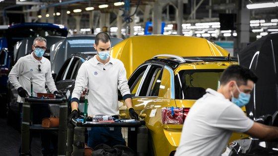Volkswagen Autoeuropa Factory Reopens in Portugal