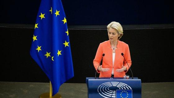 """""""Quando defendemos a liberdade dos nossos meios de comunicação social, estamos também a defender a democracia"""", disse Ursula von der Leyen"""