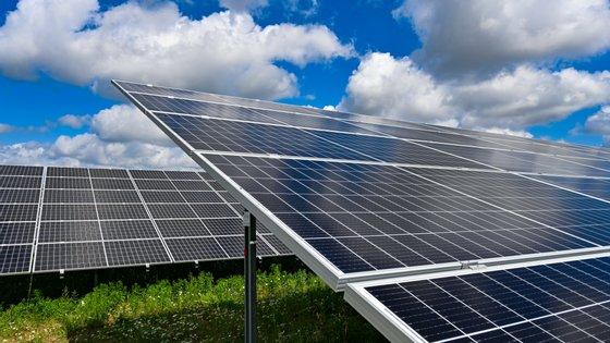 Empresa detém agora cerca de 7% do potencial fotovoltaico produzido em Portugal, correspondente a perto de 70 megawatts-pico (MWp)