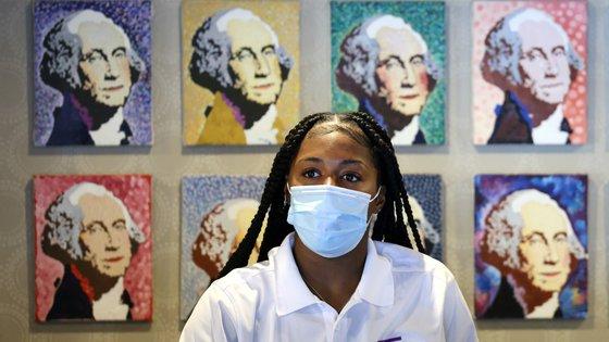 CDC pretende que o uso de máscara volte a ser obrigatório mesmo em quem já foi vacinado contra a Covid-19