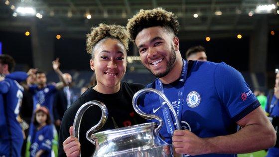 Lauren esteve no Dragão na final da Liga dos Campeões, quando o Chelsea bateu o Manchester City e Reece foi campeão europeu