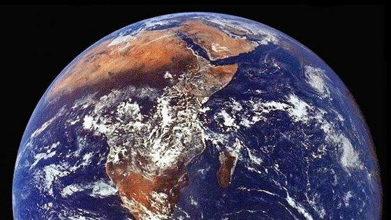Chris MacCann previu o fim do mundo para dia 07 de outubro. Falhou. Mas não nos deixa descansados