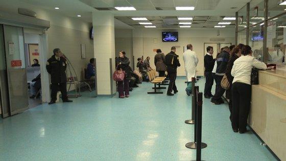 Tempo de espera no Amadora-Sintra chegou às 24 horas