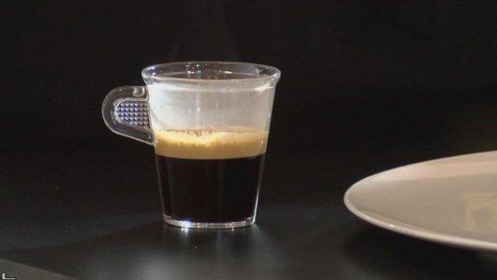 Existem dois grandes tipos de café, arábica e robusta