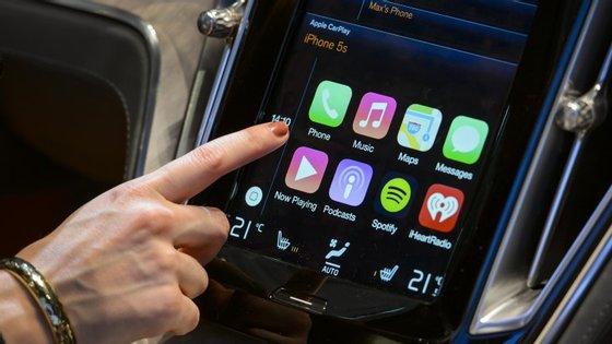 CarPlay foi desenvolvido pela Apple em Março