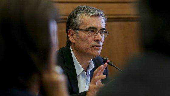 António Ferreira deixou também esta quinta-feira o conselho de administração do Centro Hospitalar de São João, no Porto
