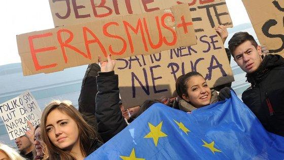 Os alunos poderão fazer na mesma Erasmus, mas sem apoio da universidade para suportar custos