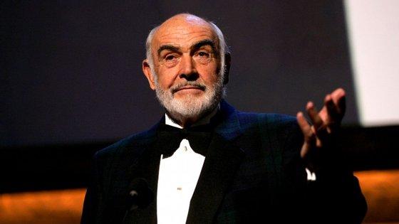 Não há nada como o primeiro amor, não é Sir Sean Connery?