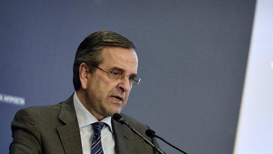 Samaras espera conseguir aproveitar o bom momento provocado pela decisão dos ministros das Finanças do eurogrupo