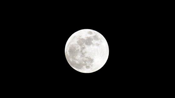 Lua cheia a 8 de outubro