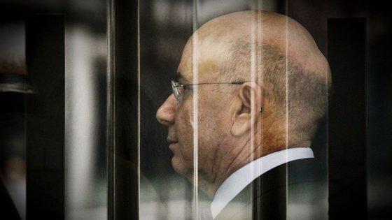 """""""O meu filho foi utilizado como instrumento para me diminuir e fazer disto um caso político"""", disse Duarte Lima"""