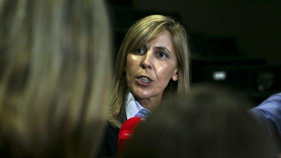"""""""Posso odiar Sócrates, mas tenho de me bater para que ele beneficie do direito de se defender"""", disse Elina Fraga"""