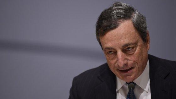 Draghi já não precisa de lançar mais estímulos? Ou não tem como fugir a eles?