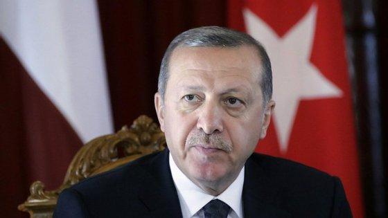 """""""A União Europeia não pode interferir nas medidas tomadas"""", afirmou"""