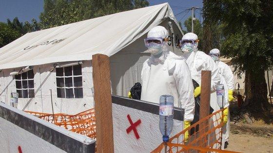 Os 175 profissionais de saúde da Nigéria fazem parte do grupo dos 250 médicos convidados pela recém-criada unidade de apoio da União Africana para o surto do Ébola na África Ocidental