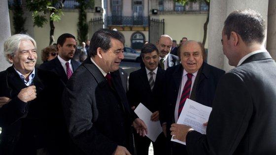 Marinho e Pinto entregou no TC assinaturas para validar novo partido