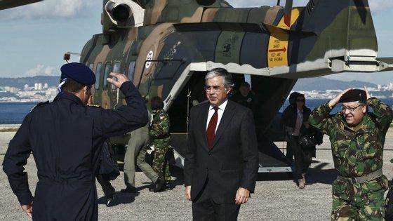 José Pedro Aguiar-Branco acredita a que nova Lei da Programação Militar vai modernizar os equipamentos da Marinha, da Força Aérea e do Exército.