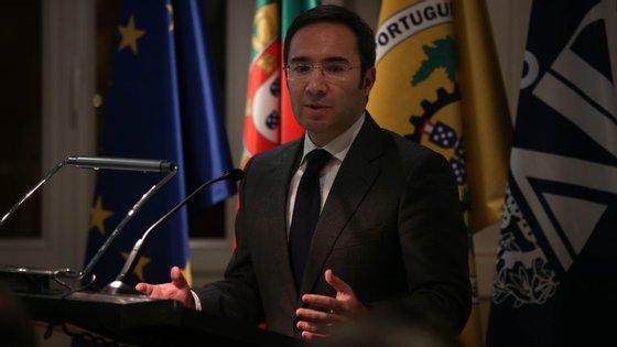 Jorge Moreira da Silva referiu que, na Cimeira de Lima foi deliberado que todos os países terão de apresentar, até 31 de março de 2015, as respetivas metas nacionais