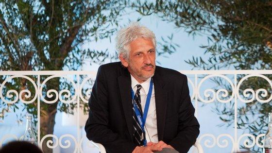 O vice-reitor da Universidade de Lisboa, António Feijó, foi eleito presidente do Conselho Geral Independente da RTP