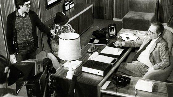 Filmagens da telenovela Vila Faia nos estúdios da Edipim