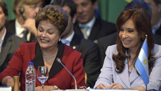 Dilma e Kirchner são próximas
