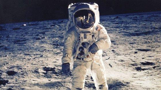 Depois do primeiro passo na Lua, virá uma missão de cinco anos no satélite natural da Terra