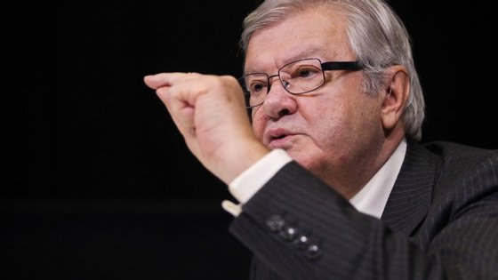 """""""Tenho ouvido períodos largos da comissão de inquérito ao BES e estou cada vez mais confundido"""", afirmou Alexandre Soares dos Santos"""