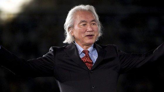 Michio Kaku é professor de Física Teórica e coautor da Teoria das Cordas