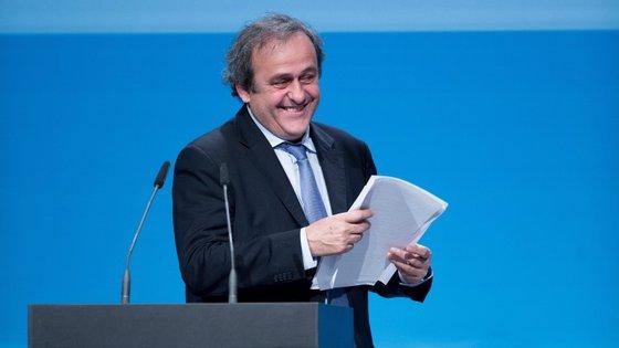 Michael Platini conquistou três Bolas de Ouro consecutivas (1983, 1984 e 1985) quando jogava na Juventus