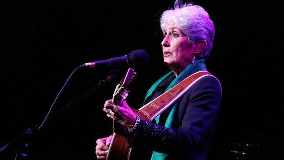 Joan Baez num concerto recente em Nova Iorque