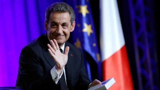 Nicolas Sarkozy: resultados eleitorais foram um sinal de que o UMP poderá regressar ao poder em 2017