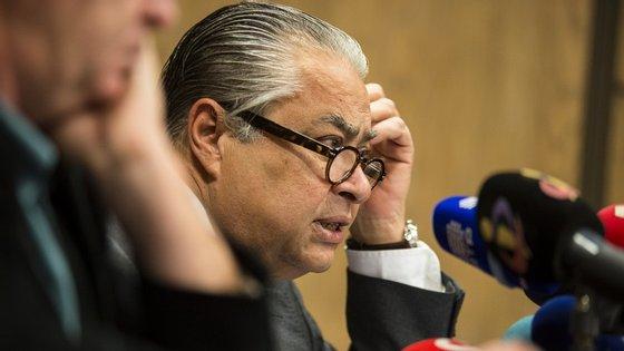 João Araújo diz nada ter contra o juiz Santos Cabral, que apreciará o pedido de habeas corpus