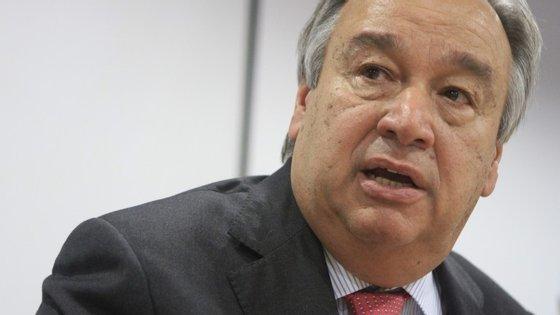 """Guterres disse ter ficado """"impressionado"""" com a mobilização da sociedade portuguesa para ajuda aos refugiados"""