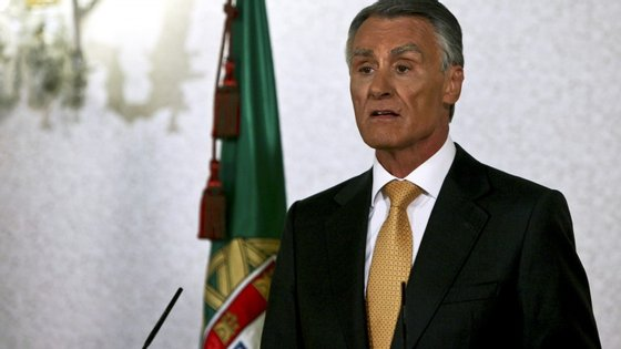 Cavaco Silva deve marcar na quarta-feira a data das legislativas