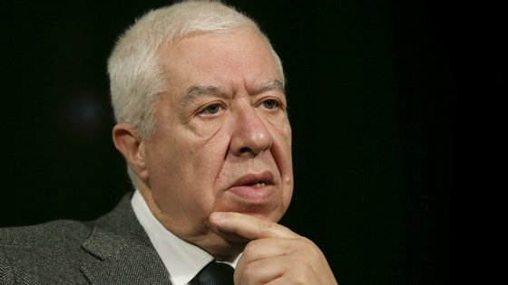 """O ex-governante refere-se ainda a uma """"desagregação da moeda única"""" para justificar aquilo que teme ser """"o início do fim da área do euro"""""""