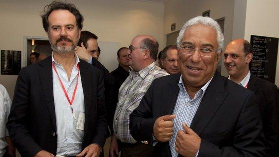 Sérgio Sousa Pinto, à esquerda.