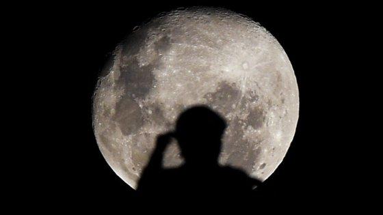 Afinal, a Lua Cheia não tem influência na condição física ou mental humana, nem provoca acontecimentos pouco usuais
