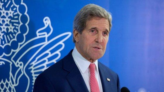 John Kerry confirmou que o presidente francês não é um alvo da NSA